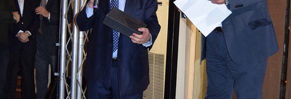 El empresario asturiano, Aurelio González homenajeado en EFICAM 6 El empresario asturiano, Aurelio González Soriano, recibió el pasado día 9 de marzo en la Feria EFICAM de Madrid un cálido homenaje por su importante traye