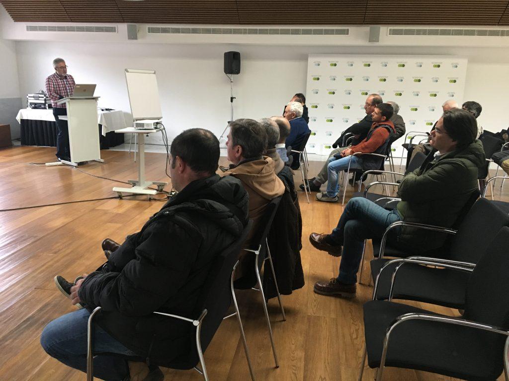 Llevamos la banda ancha hasta el último rincón de Asturias 2 Muchos de los asociados de FENITEL ASTURIAS han participado en una nueva reunión con los representantes de Quantis / Eurona para conocer los detalles de có