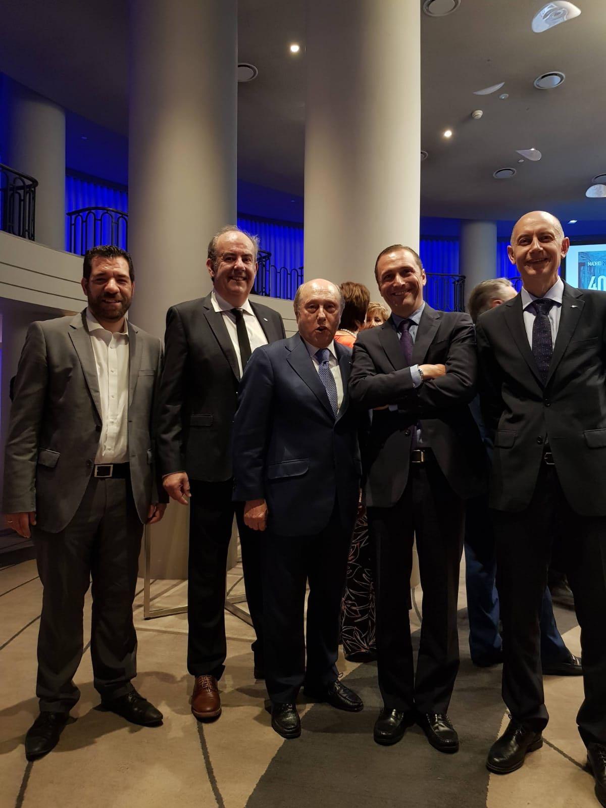 Amplia participación asturiana en el 40 Aniversario de FENITEL 2 Durante los días 21 y 22 de junio, una amplia delegación de Fenitel Asturias participó en la Asamblea General de nuestra Federación Nacional, FENITEL, así