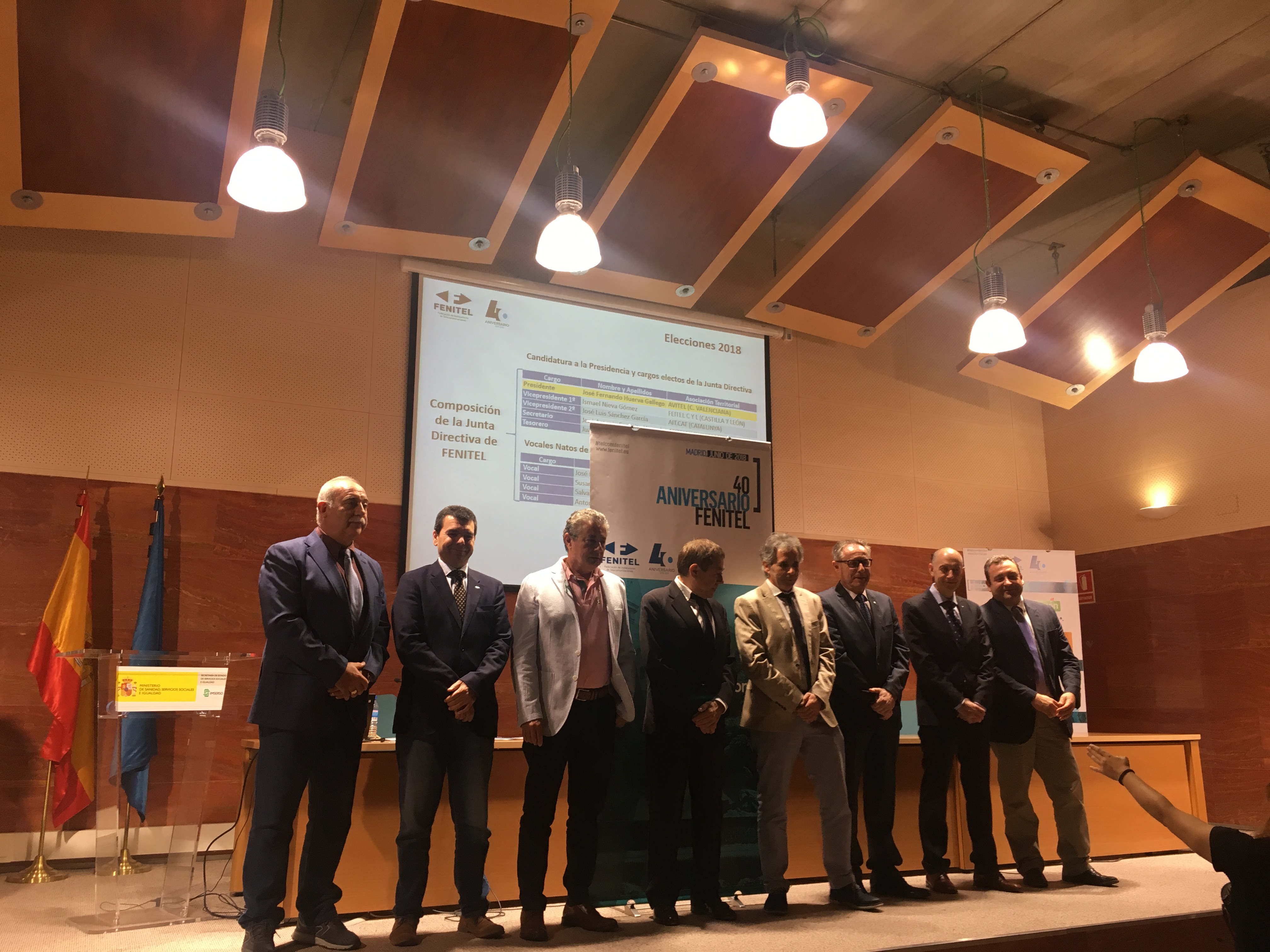 Amplia participación asturiana en el 40 Aniversario de FENITEL 7 Durante los días 21 y 22 de junio, una amplia delegación de Fenitel Asturias participó en la Asamblea General de nuestra Federación Nacional, FENITEL, así