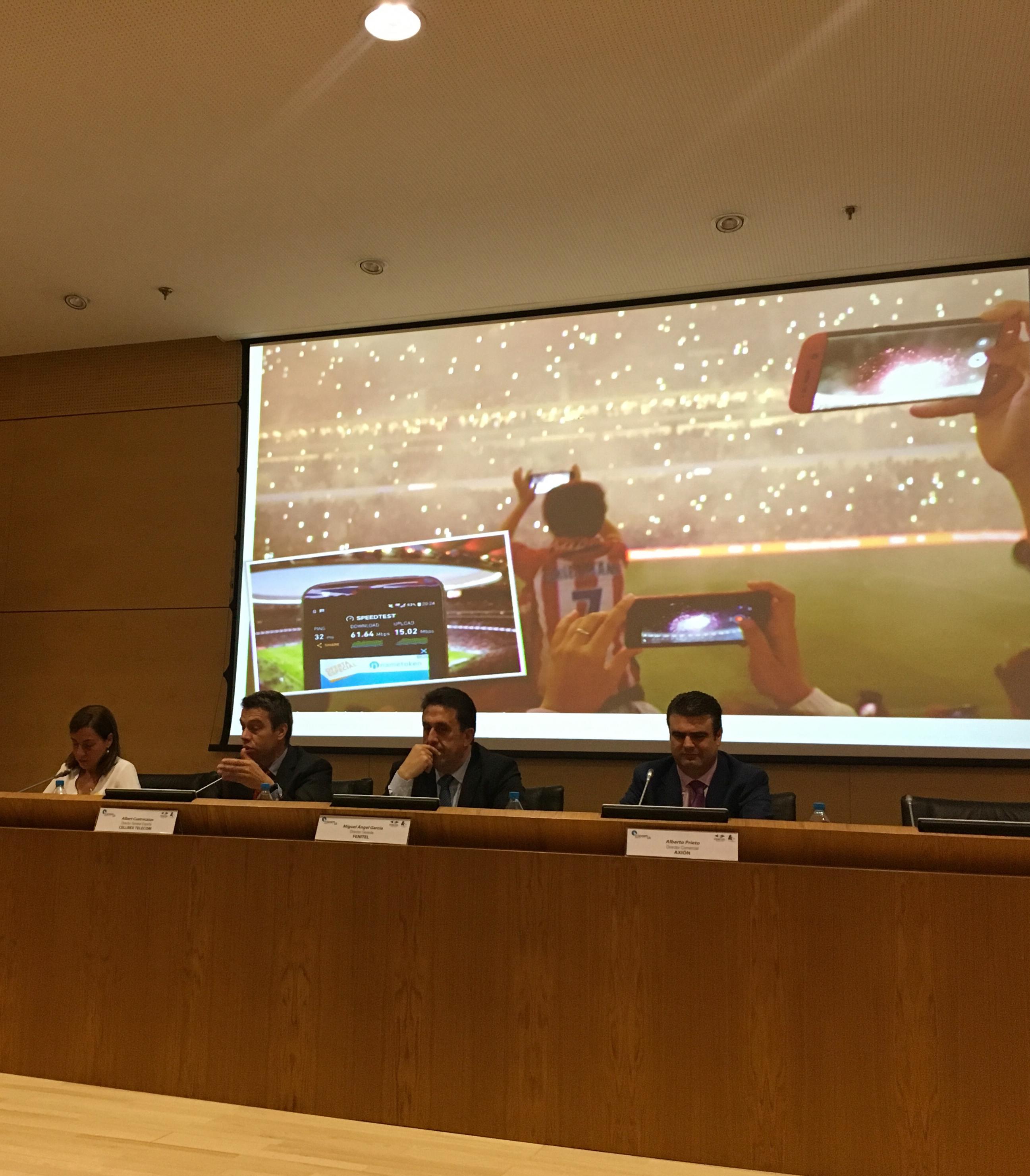 Amplia participación asturiana en el 40 Aniversario de FENITEL 10 Durante los días 21 y 22 de junio, una amplia delegación de Fenitel Asturias participó en la Asamblea General de nuestra Federación Nacional, FENITEL, así