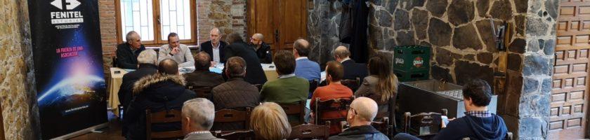 Asamblea General Ordinaria de FENITEL ASTURIAS 6 La ASAMBLEA GENERAL ORDINARIA de Fenitel Asturias tuvo lugar el día 25 de abril (jueves), en el LLAGAR DE QUELO, sito en Tiñana, Asturias, a las 18:30 hora