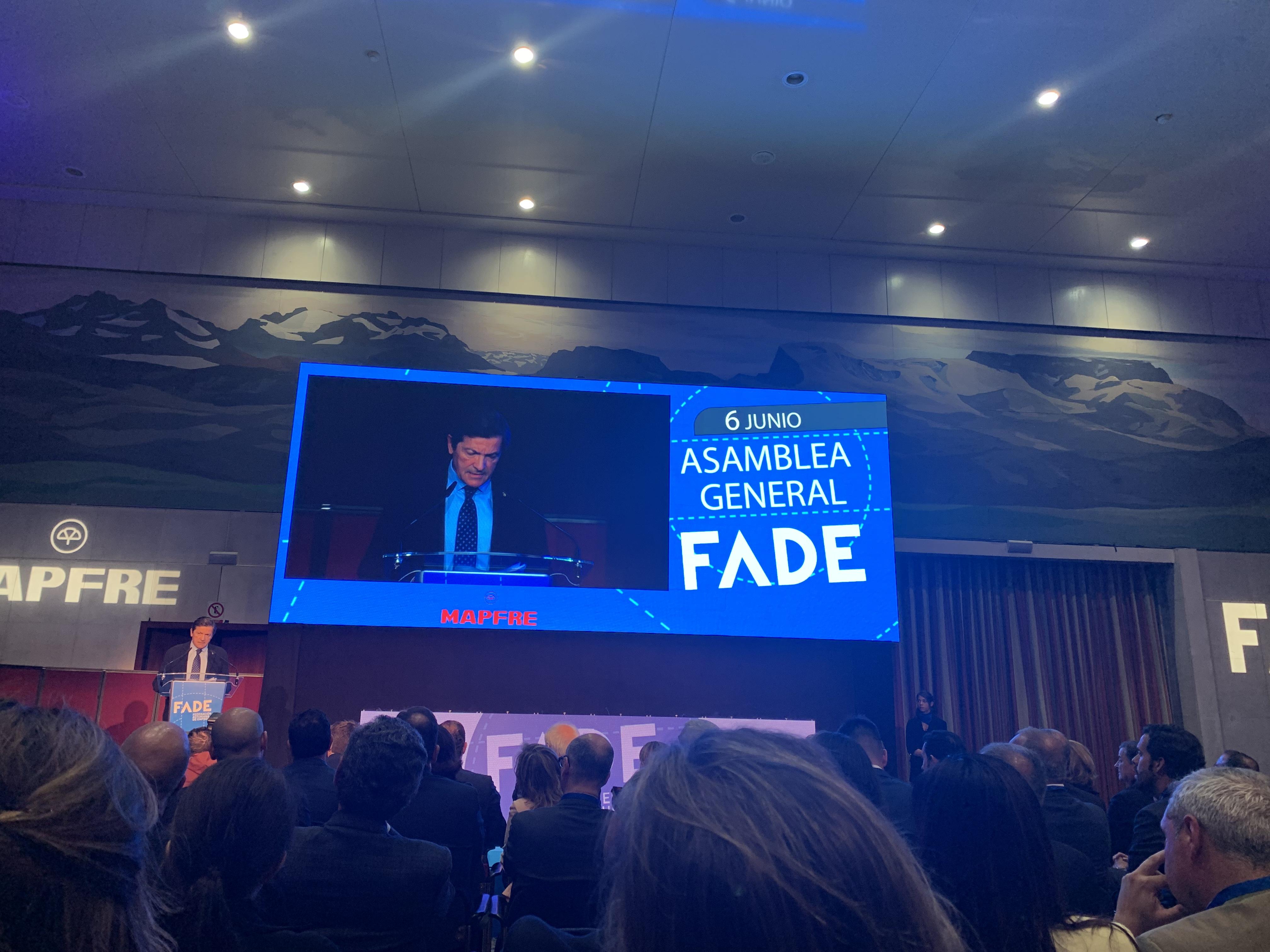 Fenitel participa en la Asamblea General de la Federación Asturiana de Empresarios 3 Una delegación de nuestra Federación asistió a la Asamblea General Anual de la Federación Asturiana de Empresarios, que fue clausurada por el presidente de